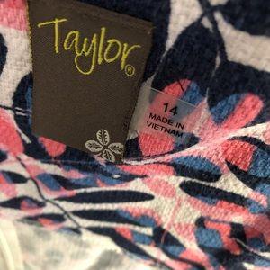 Taylor Dresses - Taylor dress-needs ironing. Worn 1x